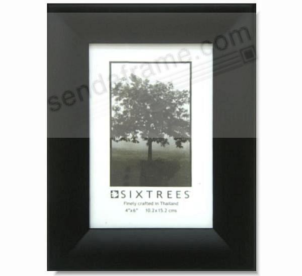 Black DOULTON frame for modern decorating by Sixtrees®