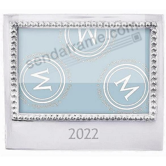2020 STATEMENT frame for a 6x4 photo by Mariposa®