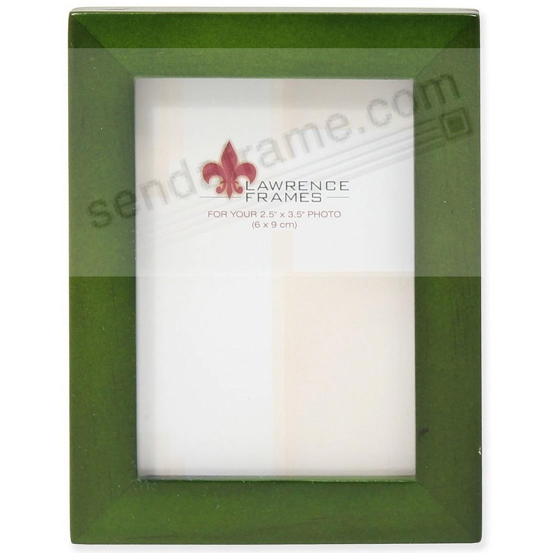 SQUARE CORNER Green Stain classic 2½x3½ frame by Lawrence Frames®
