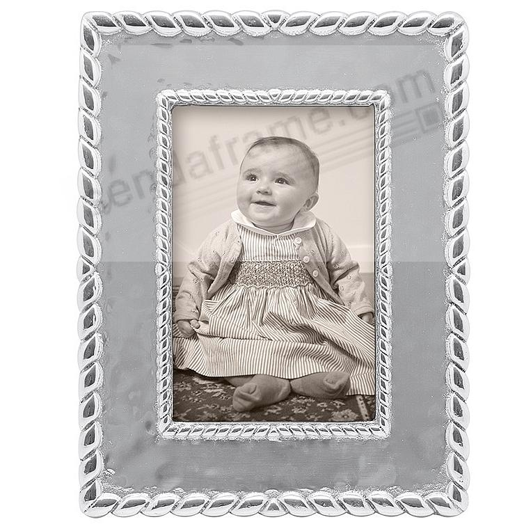 The TEXTURED TWIST Frame for your 4x6 print by Mariposa®