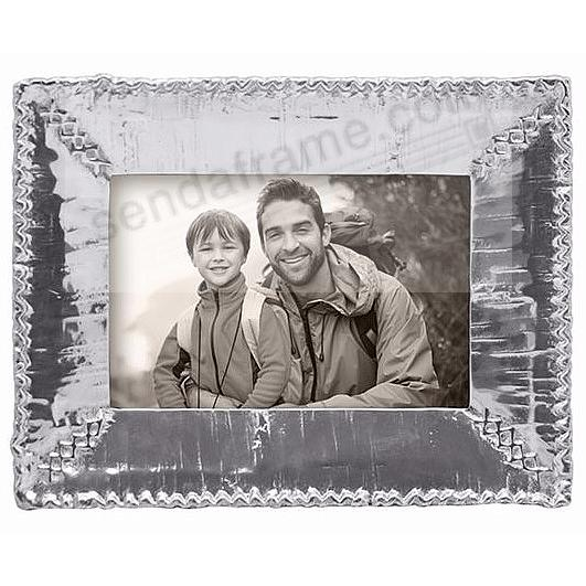 The Mariposa® BIRCH Frame for your 4x6 print