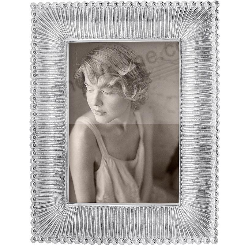 CLASSIC FANNED frame for 4x6 prints by Mariposa