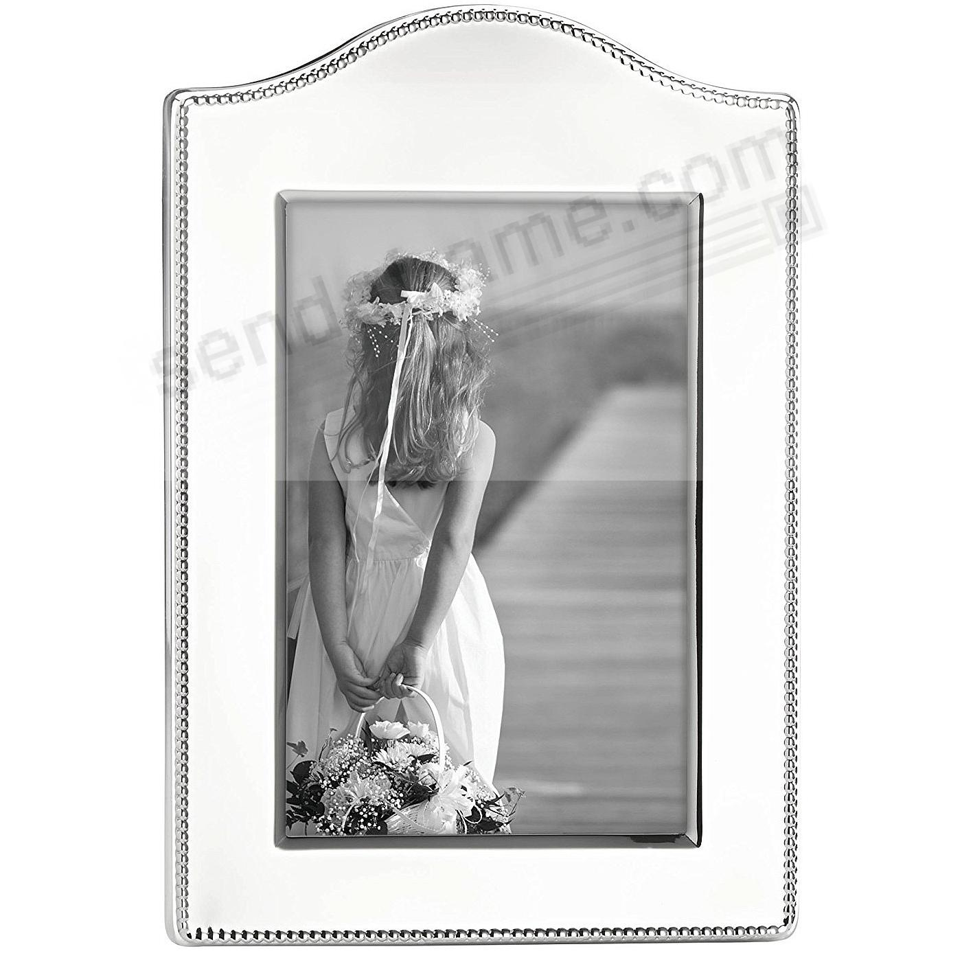 Engraveable LYNDON CURVED 4x6 frame by Reed & Barton®