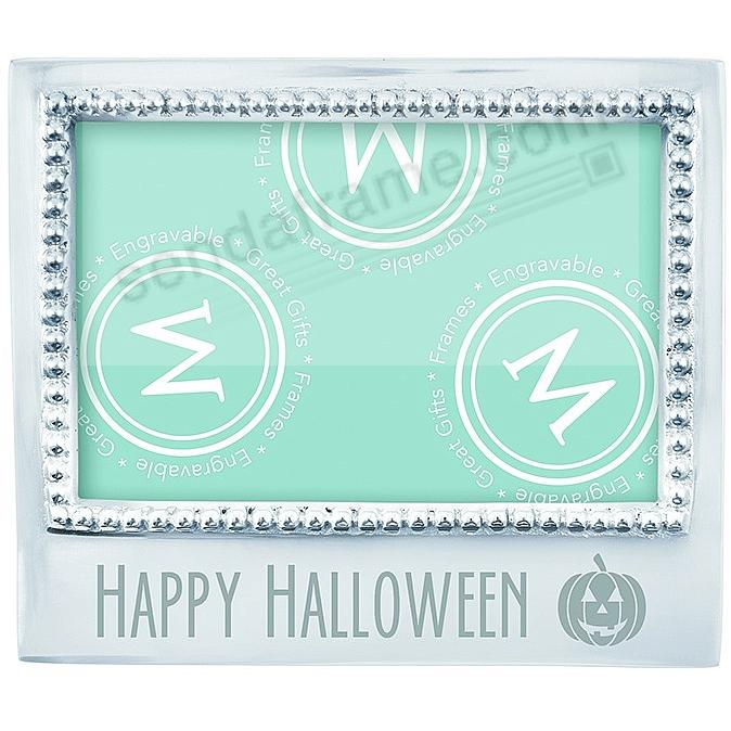 The original HAPPY HALLOWEEN Statement frame crafted by Mariposa®