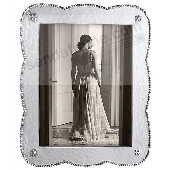 SUENO frame for your 8x10 print by Mariposa®