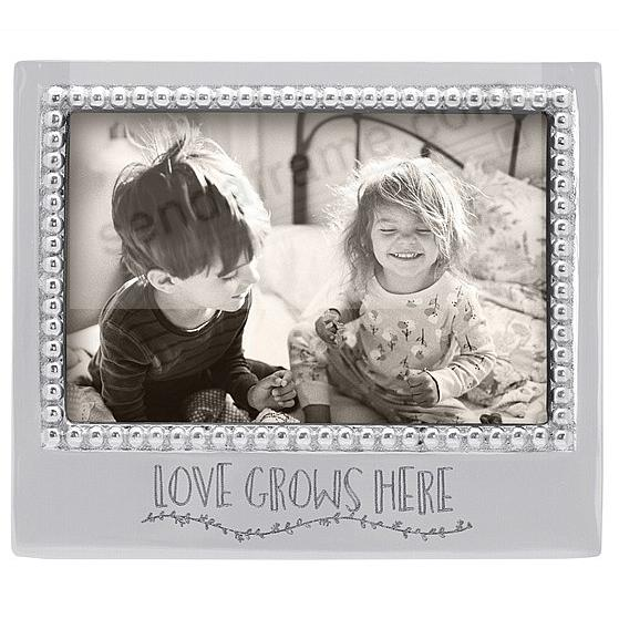 LOVE GROWS HERE STATEMENT 6x4 frame by Mariposa®