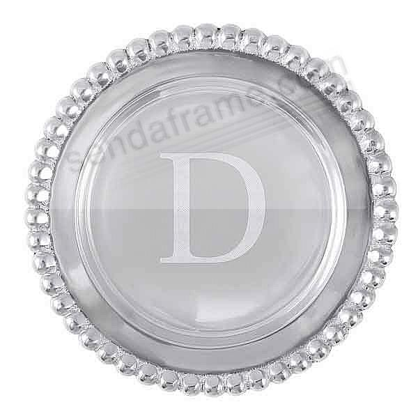 The original BEADED WINE PLATE Engraved -D- by Mariposa®