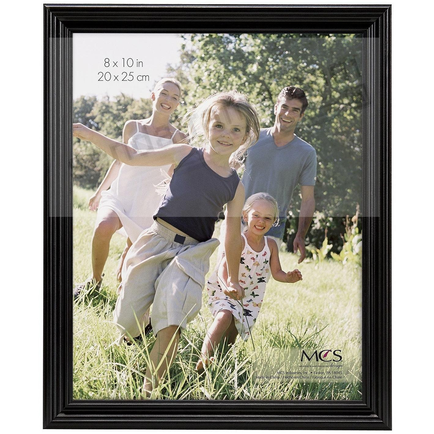TRADITIONAL RIDGED Solid Wood Black 8x10 frame from MCS®