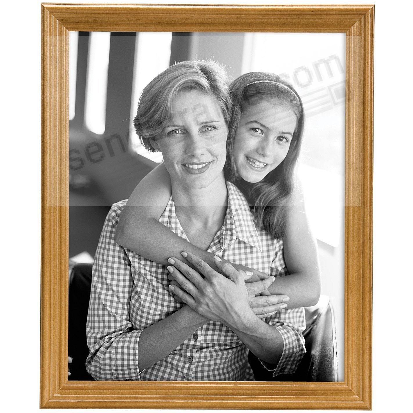 STYLE ONE Solid Wood Oak 8x10 frame from MCS®