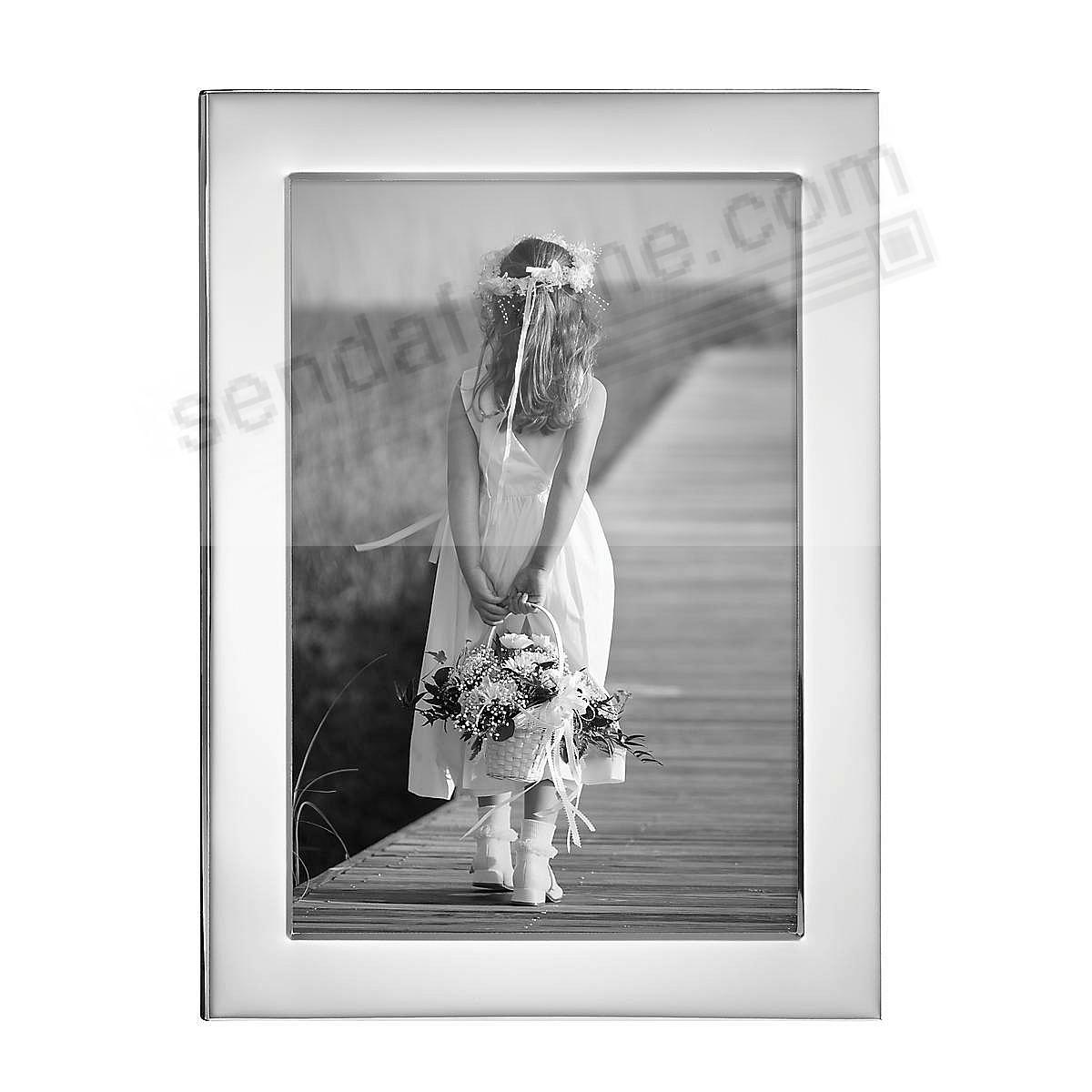 Reed & Barton® Narrow Border Silver 5x7 frame - Engraveable