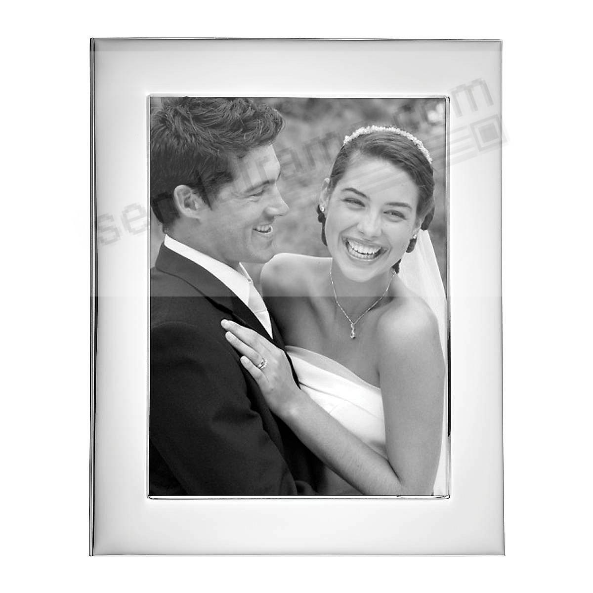 Reed & Barton® Wide Border Silver 8x10 frame - Engraveable