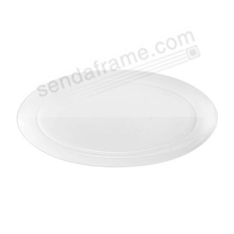 The SKYE OVAL SERVING PLATTER crafted by Nambe®