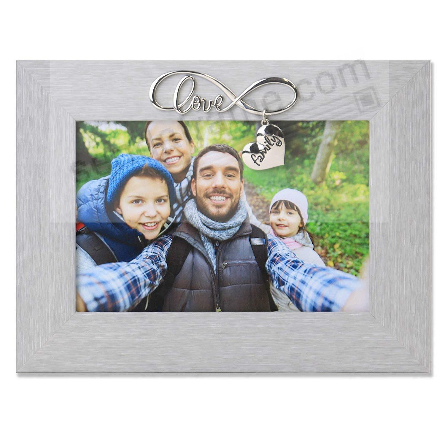 The INFINITY LOVE FAMILY frame by Lawrence®