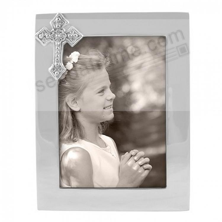 The original CROSS frame for 5x7 photos crafted by Mariposa®