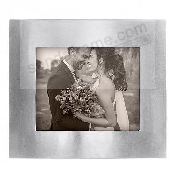 The INFINITY 8x10 frame by Mariposa® - Beautifully Engraveable!