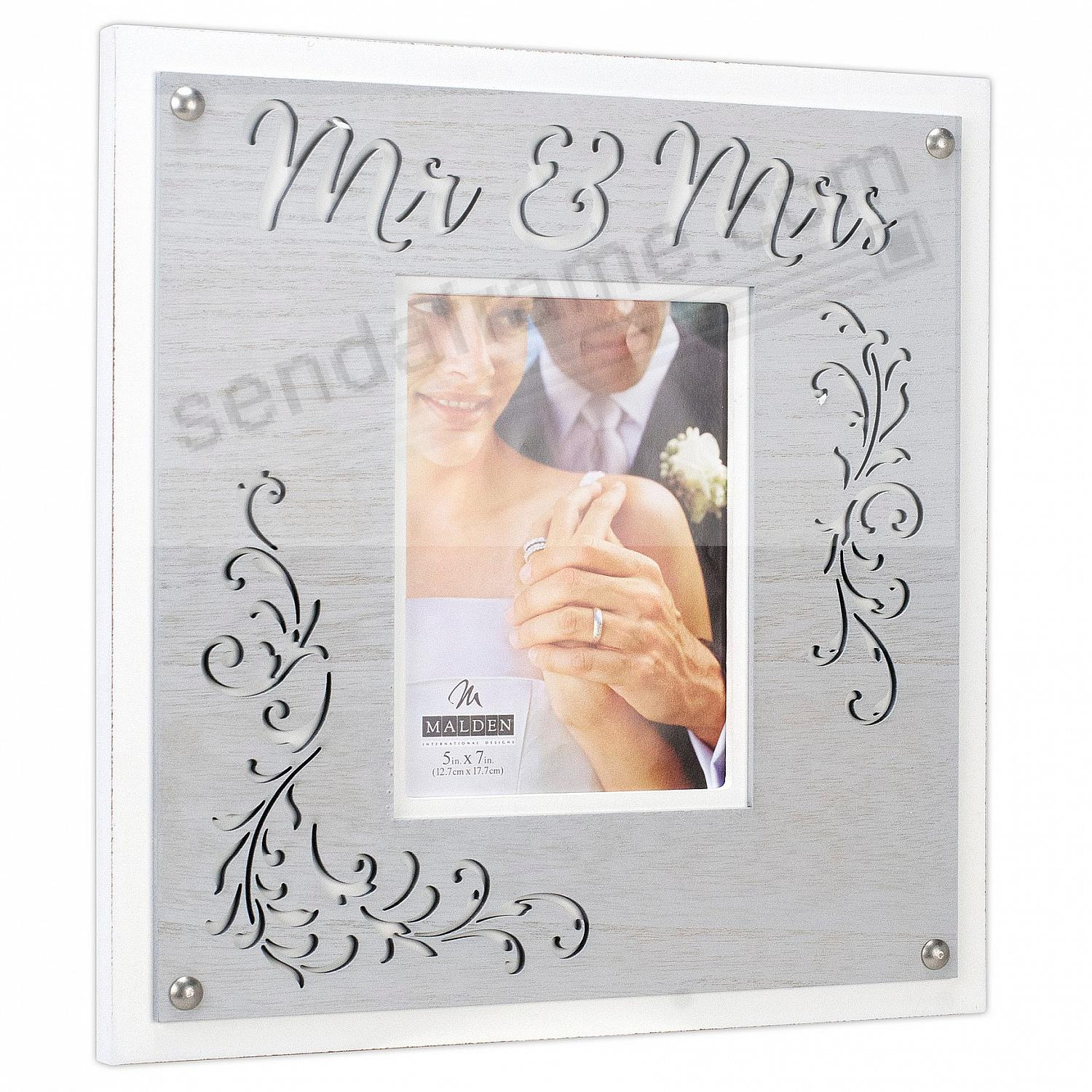 MR + MRS Lasercut frame 5x7 by Malden®