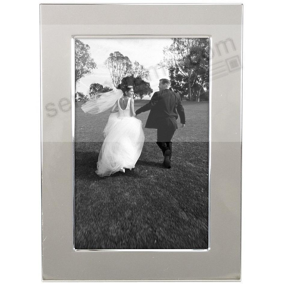 Our Popular 1-inch Polished Engraveable Silverplate 4x6 frame