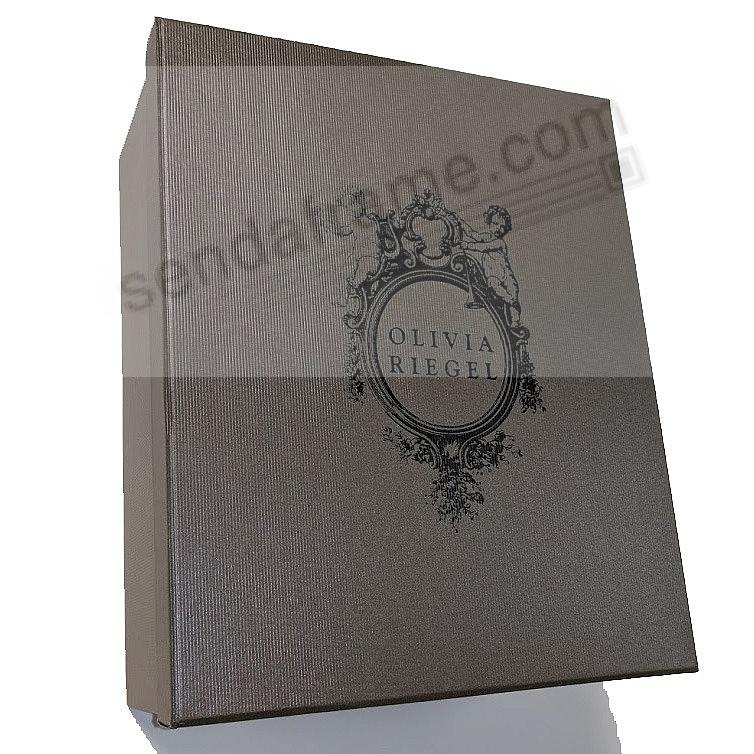 Elegantly gift boxed (sample)